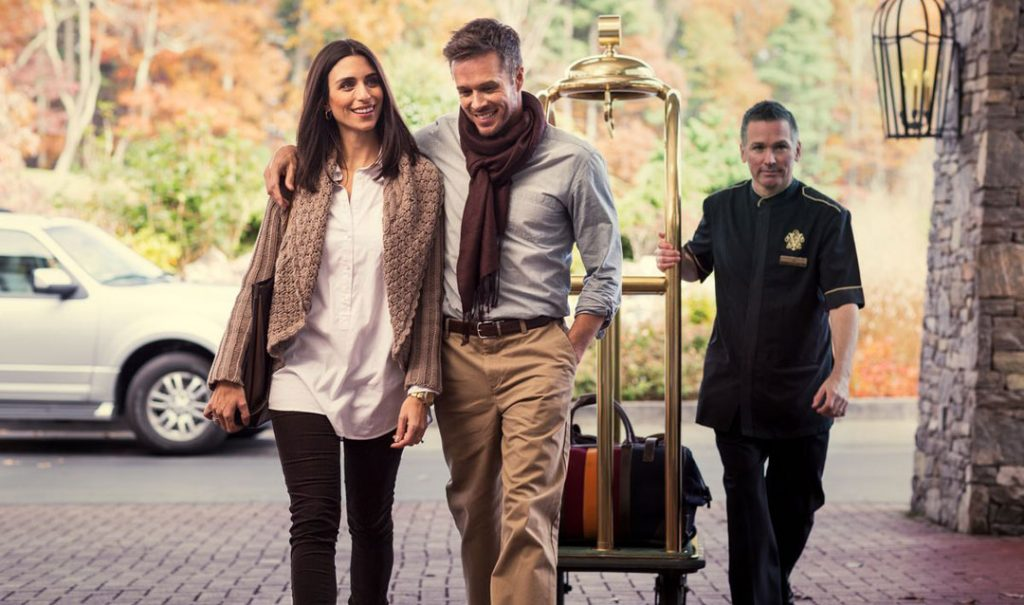 Guests arriving at The Inn on Biltmore Estate during Fall